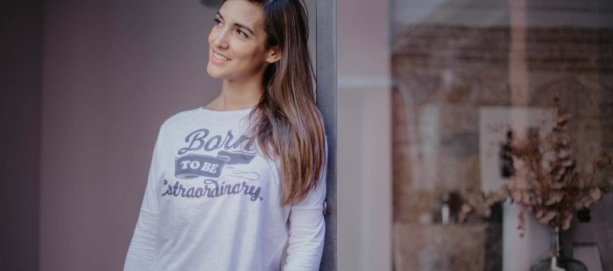 Camisetas con mensaje Uttopy Born to Be Extraordinary
