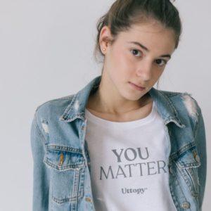Camiseta con Mensaje Solidaria Mujer